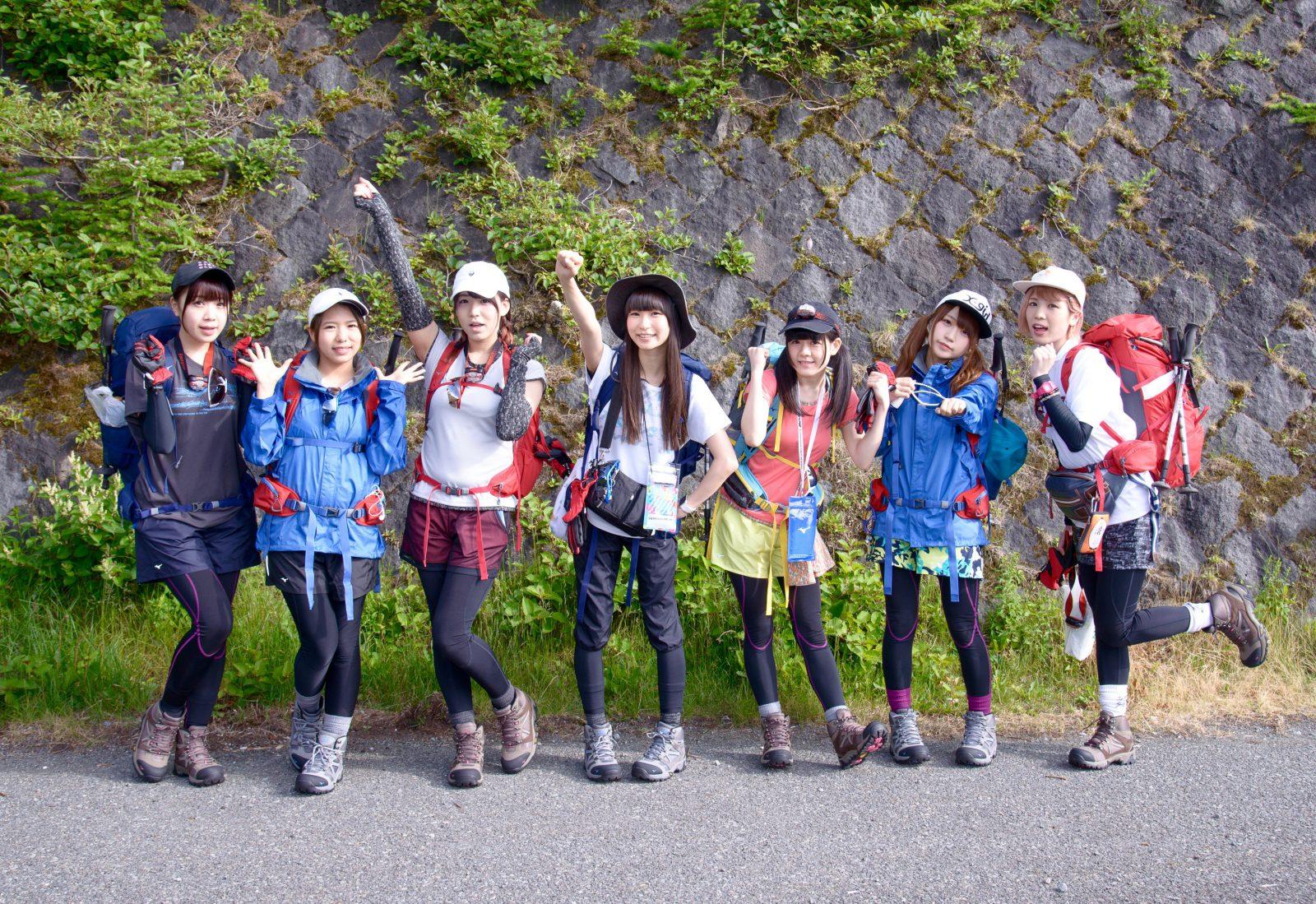 「山の日」施行記念 アイドル「2016 富士山女子登山部」の日本最高峰挑戦(前編)